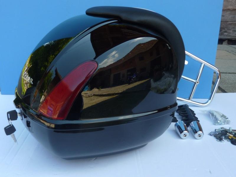 original vespa gts 125 300 super topcase topcase kit. Black Bedroom Furniture Sets. Home Design Ideas